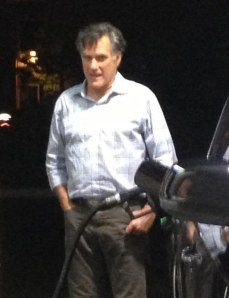 mitt-romney-gas-station-xl